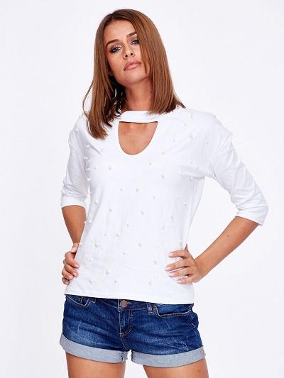 Modne bluzki z perełkami: fasony